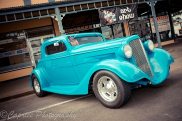 Neat 34 Ford hot rod