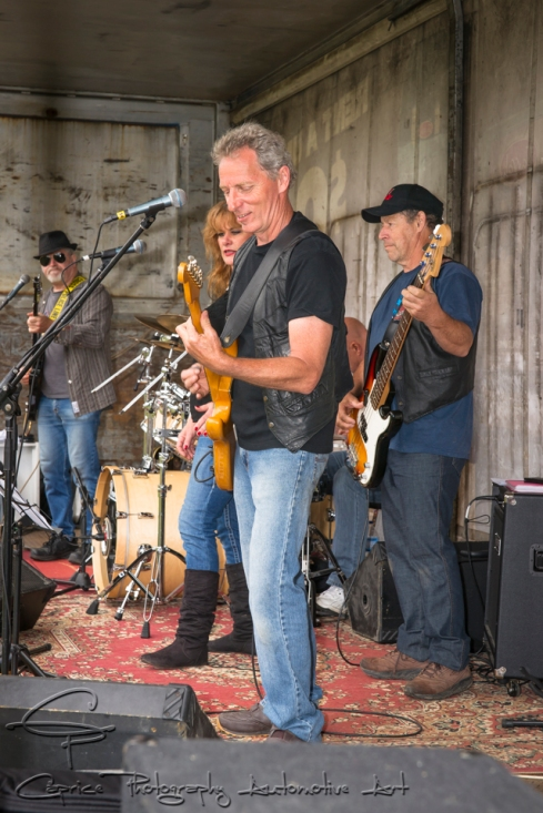 Peter and the Pontiacs kept the show alive