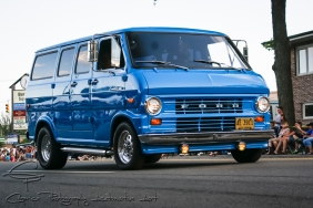 1969 Ford Econoline van, Weld wheels, side pipes