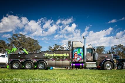 tow trucks, tri axle tow trucks,