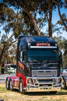 detours transport, volvos, volvo trucks