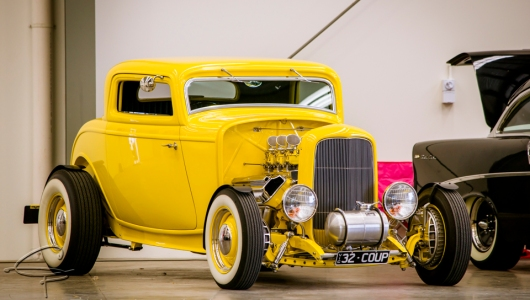 yellow 32 coupe
