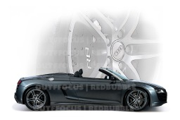 AudiR8 with wheel