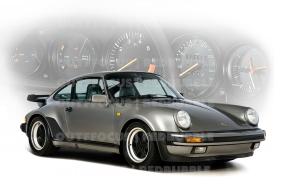 Porsche Carrera dash comp